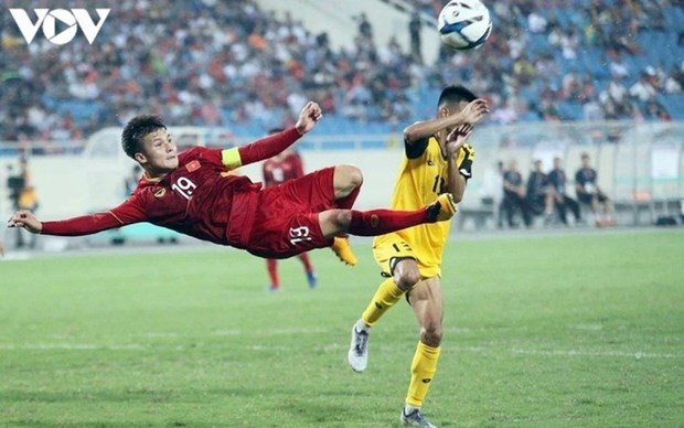 Nguyen Quang Hai nominated among best midfielders in AFC Cup hinh anh 1