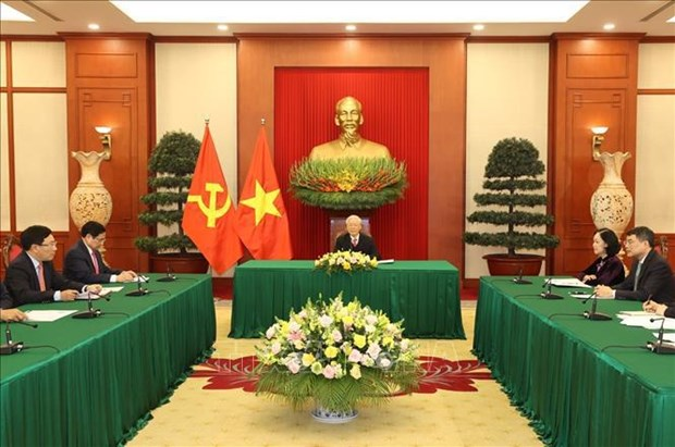 Vietnam views Japan as strategic partner of leading importance: Top leader hinh anh 1