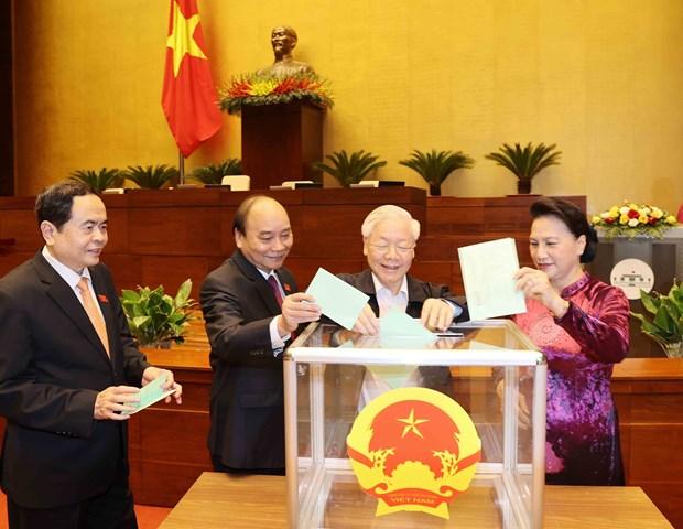 Vuong Dinh Hue elected as Chairman of NA, National Election Council hinh anh 2