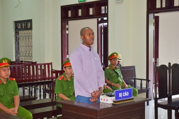 Nigerian drug transporter sentenced to death hinh anh 1