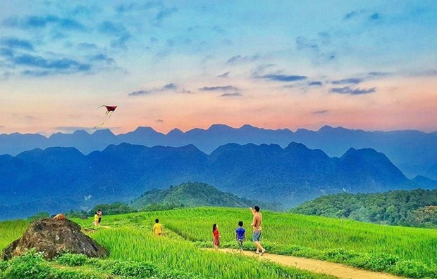 Vietnamese tourism ready to re-open hinh anh 1