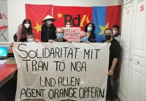 Swiss Party of Labour voices solidarity with Vietnamese AO victims hinh anh 1