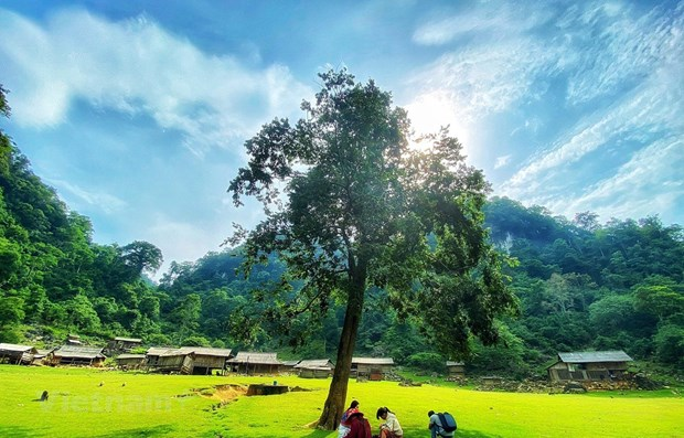 Vietnam makes its name well-known in world tourism map hinh anh 1