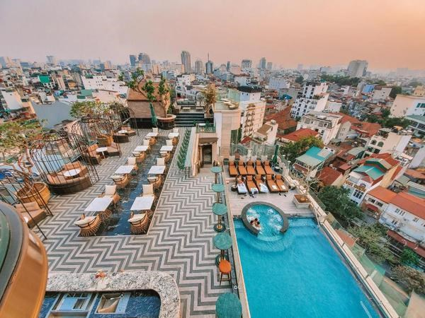 Hanoi has four hotels with rooftops listed in world's Top 25 hinh anh 3