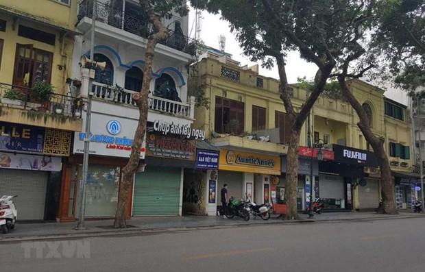 Hanoi shuts down on-site restaurants, hair salons hinh anh 1