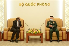 Vietnam promotes defence cooperation with Philippines, Singapore