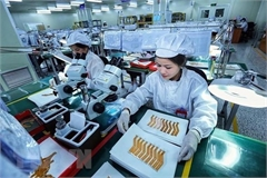 Vietnam attracts over 15 billion USD of FDI in six months