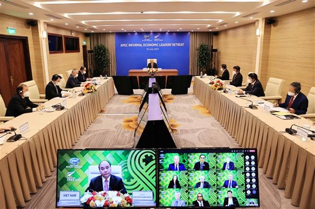 Vietnamese President attends APEC Informal Leaders Retreat on COVID-19 hinh anh 1