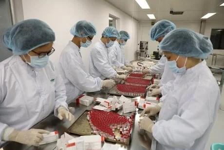 First batch of Sputnik V vaccine produced in Vietnam hinh anh 2