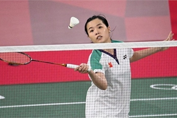 Linh, Tuyen have first wins for Vietnam at Olympics