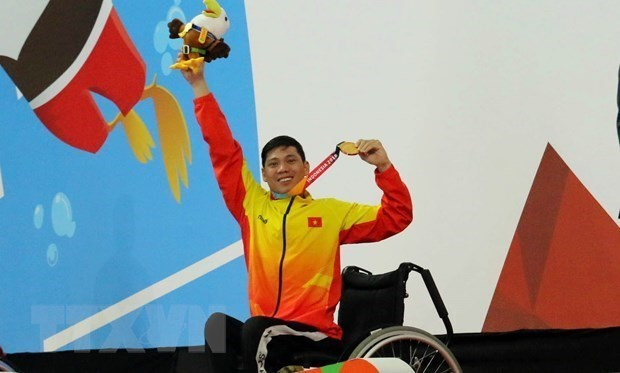 Vietnamese swimmers begin journey at 2020 Tokyo Paralympics hinh anh 1