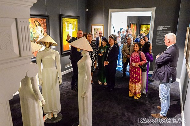 """""""Vietnam: The Dreamed Paradise"""" exhibition opens in Netherlands hinh anh 2"""