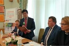 Vietnamese language textbooks launched in Ukraine