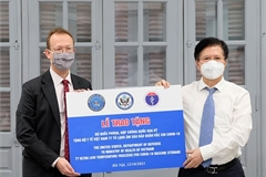 Vietnam receives ultra-low temperature freezers from US