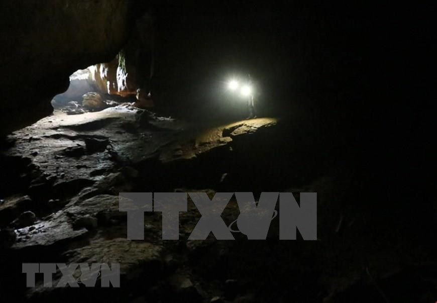 First compartment of Muong Tinh cave (Photo: VNA)