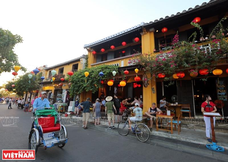Hoi An ancient town boasts its typical traditional architecture (Photo: VNA)