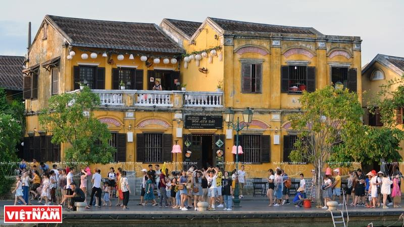 Hoi An ancient town attracted nearly 5 million visitors in 2018 (Photo: VNA)