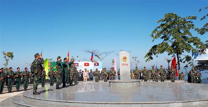 Border guards of Vietnam, Laos and Cambodia conduct border marker salute ceremony as part of the joint border patrol programme (Photo: VNA)