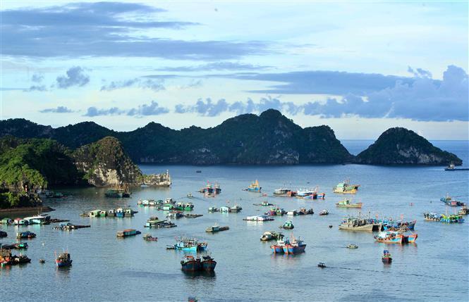 Cat Ba Island has become the adventure-tourism capital of Vietnam (Photo: VNA)