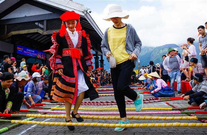 The event took place within a northwest cuisine and cultural space festival in Sa Pa beginning from August 8 till September 10 (Photo: VNA/VNP)