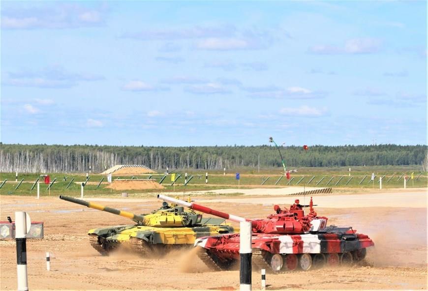 Vietnamese tank crew tops Group 2 (Photo:VNA)