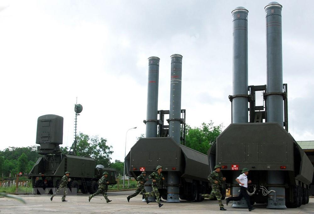 Vietnam People's Navy deploys Bastion-P Mobile Coastal Defense Systems in drills. Vietnam is the only country in Southeast Asia owning the Russian defense missile system (Photo: VNA)