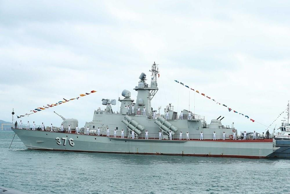 Project 1241.8 Molniya guided missile corvette bought from Russia is rearmed with modern missile system (Photo: VNA)