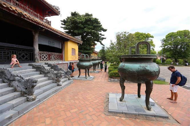 The set of nine tripod cauldrons are placed in The Mieu yard in Hue imperial city, representing the wish about everlasting existence of the Nguyen Dynasty and a prosperous country (Photo: VNA)