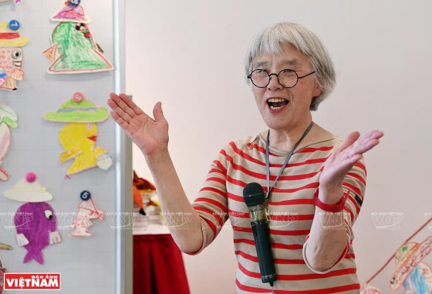 Nagano Hideko is a famous author of children's picture books in Japan. Her works are simple, but also stimulate a child's ability to observe and explore through detailed illustrations (Photo: VNA)
