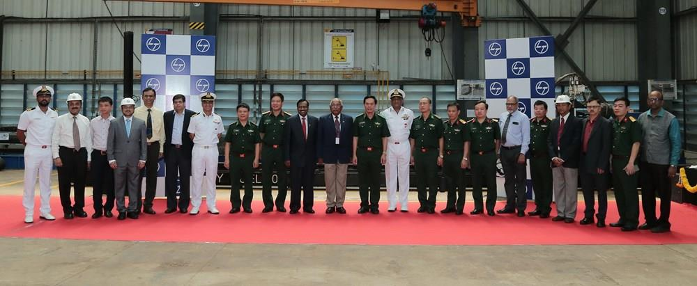 The project, the first specific project in the defence partnership between the two countries, is funded by the Indian government's credit package (Photo: VNA)