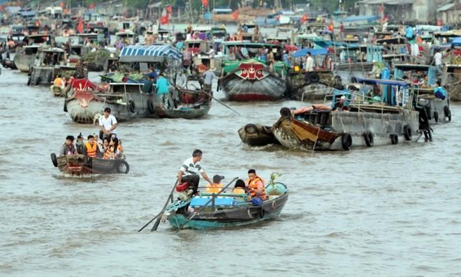 Cai Rang floating market (Photo: VNA)