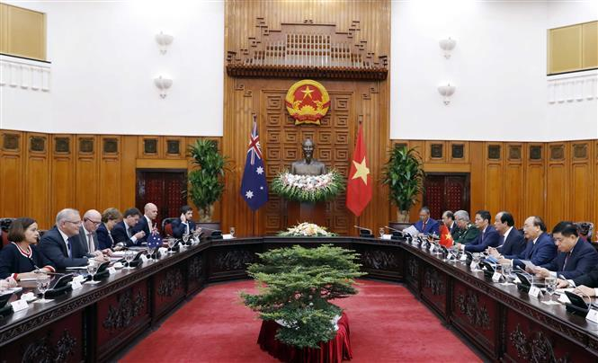 Prime Minister Nguyen Xuan Phuc holds talks with Australian Prime Minister Scott Morrison (Photo: VNA)