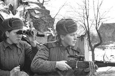 Nữ xạ thủ bắn tỉa huyền thoại Liên Xô