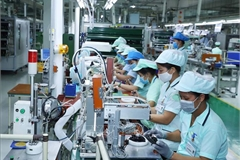 Dự báo 2 kịch bản tăng trưởng kinh tế Việt Nam năm 2021
