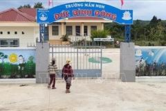 Người nghèo ở Đức Bình Đông hiến đất xây trường