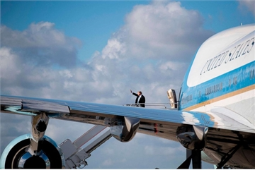 Ông Trump tiết lộ diện mạo mới của Không lực Một