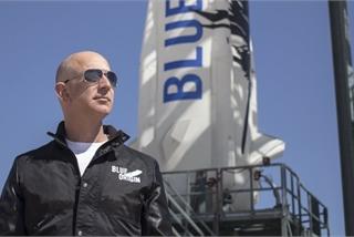 Tỷ phú Jeff Bezos quyết giành hợp đồng chế tạo tàu đổ bộ cho NASA