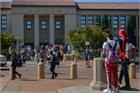 California lùi thời điểm bắt đầu giờ học để đảm bảo sức khỏe cho học sinh