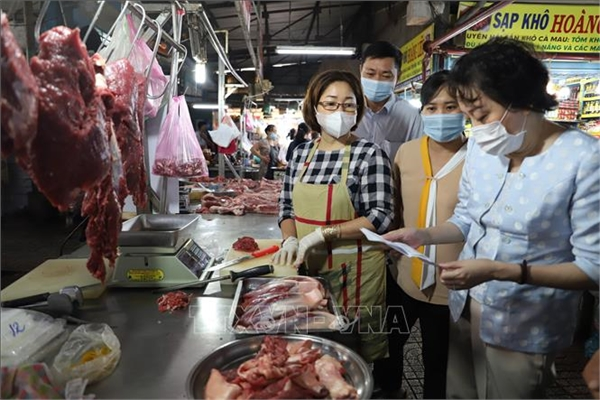 Phạt trên 170 cơ sở sản xuất, kinh doanh thực phẩm dịp Tết
