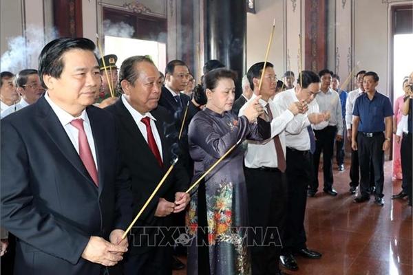 Chủ tịch QH dự lễ kỷ niệm 110 năm ngày sinh ông Nguyễn Hữu Thọ