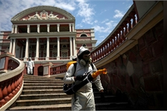 Philippines thắt chặt hạn chế, thêm 2 quan chức Ấn Độ mắc Covid-19