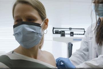 Mỹ tạm dừng thử nghiệm vắc-xin Covid-19, LHQ ra cảnh báo mới