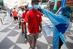 Thủ tướng Thái Lan xin lỗi dân, Pháp tiêm chủng cho trẻ em