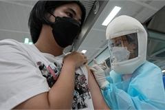 Thái Lan có thể vượt 30.000 ca/ngày, Mỹ kêu gọi tiêm vắc xin Covid-19