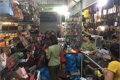 """Quảng Ninh: Kiểm tra 4 """"điểm nóng"""", phát hiện gần 3.700 hàng giả, nhập lậu"""
