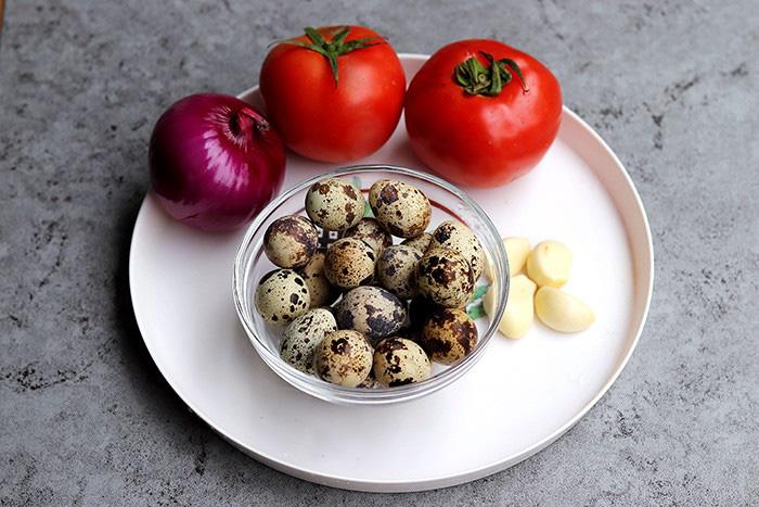 Trứng chim cút sốt cà chua, món ngon đảm bảo bạn chưa thử - Ảnh 1.