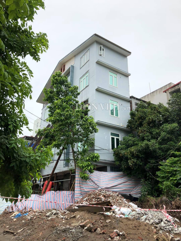Ngôi nhà 5 tầng nghiêng như sắp đổ ở Hải Phòng giờ đã thẳng đứng - Ảnh 1.