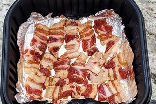 Muốn làm thịt nướng thơm, mềm, đậm đà, chỉ cần cho 'gia vị' đặc biệt này
