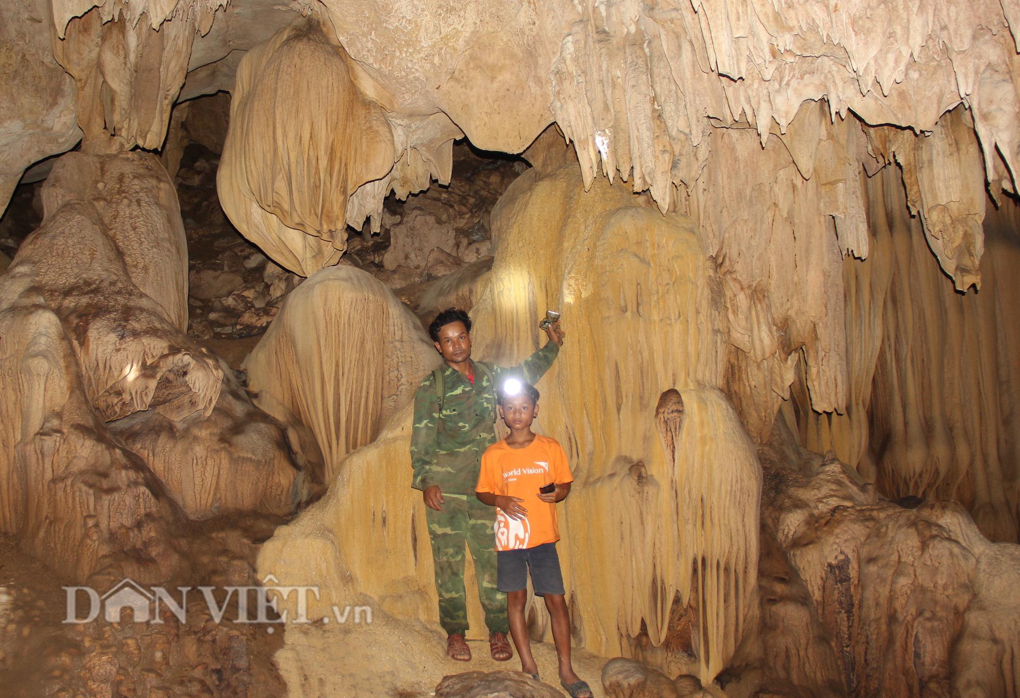 Quảng Trị: Phát hiện hang động mới, đẹp lung linh ở thôn Trỉa - Ảnh 6.