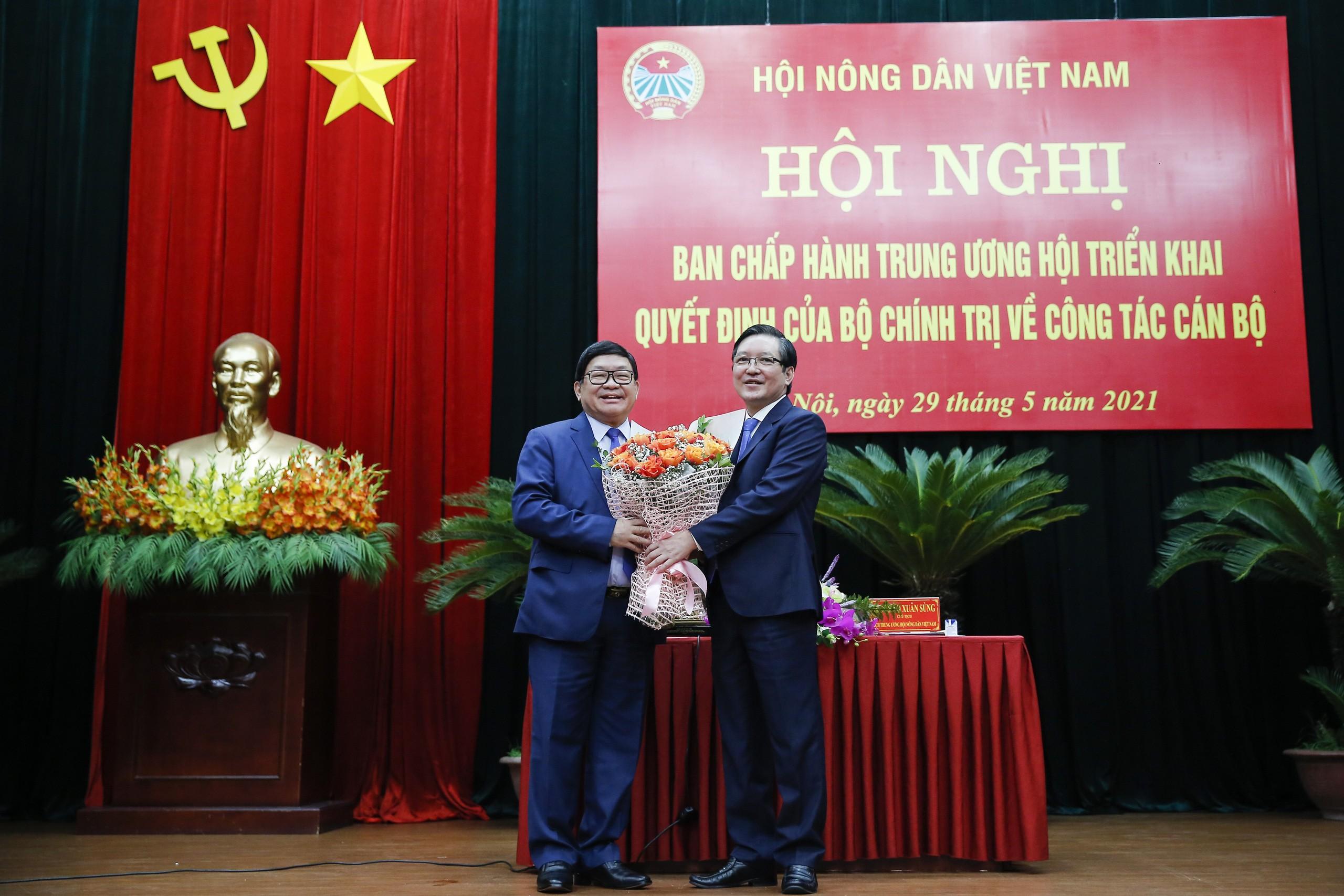 Ông Lương Quốc Đoàn được bầu giữ chức Chủ tịch Hội Nông dân Việt Nam - Ảnh 4.